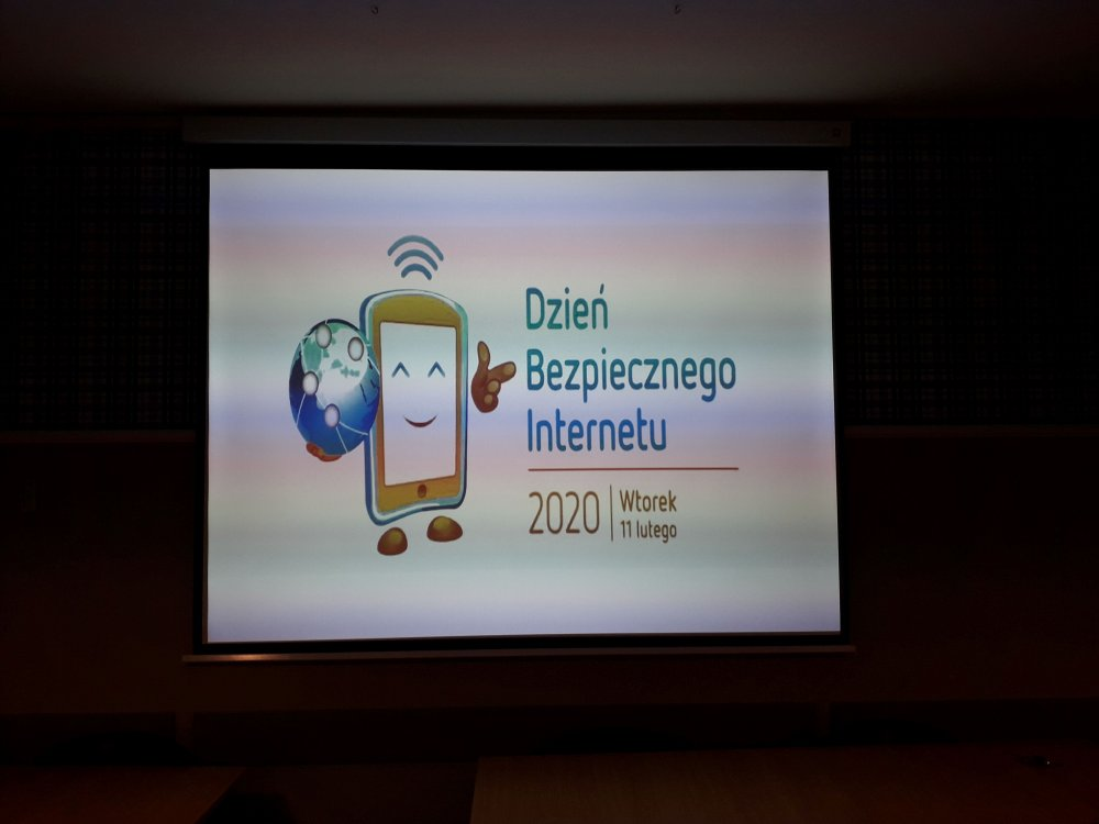 Dzień bezpiecznego internetu wSzkole Podstawowej 107
